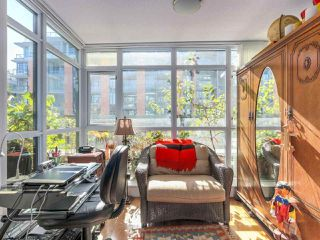 "Photo 6: 375 2080 W BROADWAY in Vancouver: Kitsilano Condo for sale in ""PINNACLE LIVING ON BROADWAY"" (Vancouver West)  : MLS®# R2211453"