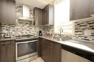Photo 12: 301 300 Michigan Street in VICTORIA: Vi James Bay Condo Apartment for sale (Victoria)  : MLS®# 384016