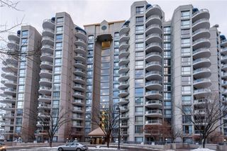 Photo 2: 1110 804 3 Avenue SW in Calgary: Eau Claire Condo for sale : MLS®# C4146068