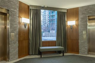 Photo 4: 1110 804 3 Avenue SW in Calgary: Eau Claire Condo for sale : MLS®# C4146068