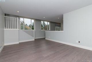 Photo 12: 946 Aral Rd in VICTORIA: Es Kinsmen Park House for sale (Esquimalt)  : MLS®# 775933