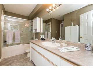 "Photo 16: 522 12101 80 Avenue in Surrey: Queen Mary Park Surrey Condo for sale in ""SURREY TOWN MANOR"" : MLS®# R2233224"