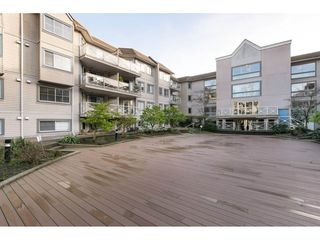 "Photo 2: 522 12101 80 Avenue in Surrey: Queen Mary Park Surrey Condo for sale in ""SURREY TOWN MANOR"" : MLS®# R2233224"