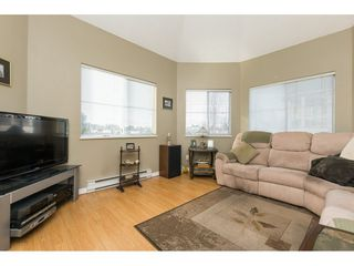 "Photo 5: 522 12101 80 Avenue in Surrey: Queen Mary Park Surrey Condo for sale in ""SURREY TOWN MANOR"" : MLS®# R2233224"