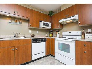 "Photo 10: 522 12101 80 Avenue in Surrey: Queen Mary Park Surrey Condo for sale in ""SURREY TOWN MANOR"" : MLS®# R2233224"