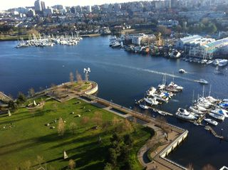 Main Photo: 638 Beach Cres in Vancouver: False Creek Condo for rent (Downtown Vancouver)