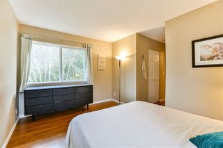Photo 11: 6187 E GREENSIDE DRIVE in Surrey: Cloverdale BC Townhouse for sale (Cloverdale)  : MLS®# R2237894