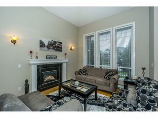 Photo 4: 16657 63B AVENUE in Surrey: Cloverdale BC House for sale (Cloverdale)  : MLS®# R2243701