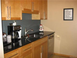 Photo 5: 9 Acorn Place in Winnipeg: Westdale Residential for sale (1H)  : MLS®# 1808232