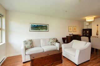"Photo 8: 305 675 PARK Crescent in New Westminster: GlenBrooke North Condo for sale in ""WINCHESTER"" : MLS®# R2274129"
