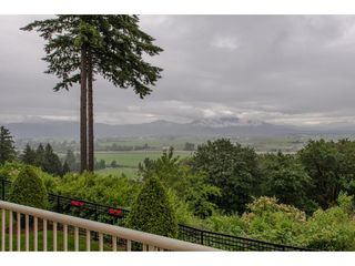 """Photo 10: 78 35287 OLD YALE Road in Abbotsford: Abbotsford East Townhouse for sale in """"The Falls"""" : MLS®# R2280191"""