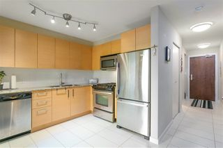 "Photo 4: 112 5775 IRMIN Street in Burnaby: Metrotown Condo for sale in ""Macpherson Walk"" (Burnaby South)  : MLS®# R2285447"