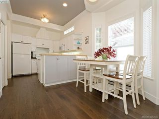 Photo 5: 2 923 McClure St in VICTORIA: Vi Fairfield West Row/Townhouse for sale (Victoria)  : MLS®# 792092
