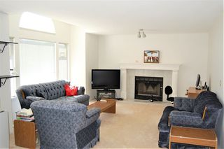 Photo 3: 3773 SUTHERLAND Street in Port Coquitlam: Lincoln Park PQ House for sale : MLS®# R2291479
