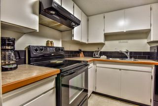 "Photo 12: 105 225 MOWAT Street in New Westminster: Uptown NW Condo for sale in ""THE WINDSOR"" : MLS®# R2295309"