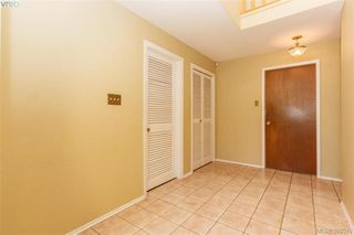 Photo 3: 1614 Mileva Lane in VICTORIA: SE Gordon Head Single Family Detached for sale (Saanich East)  : MLS®# 797213
