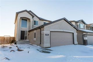 Photo 1: 82 Sabourin Place in Winnipeg: Island Lakes Residential for sale (2J)  : MLS®# 1831682