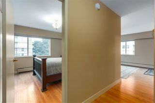 Photo 2: 506 2409 W 43 Avenue in Vancouver: Kerrisdale Condo for sale (Vancouver West)  : MLS®# R2330121