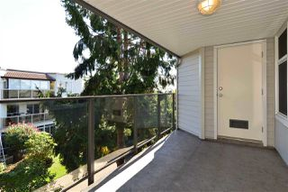 "Photo 11: 403 1220 FIR Street: White Rock Condo for sale in ""VISTA PACIFICA"" (South Surrey White Rock)  : MLS®# R2332976"