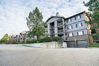 "Photo 2: 3204 13827 100 Avenue in Surrey: Whalley Condo for sale in ""Carriage Lane Estates"" (North Surrey)  : MLS®# R2338357"