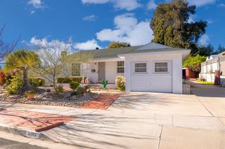 Main Photo: SAN DIEGO House for sale : 3 bedrooms : 4886 TWAIN AVE