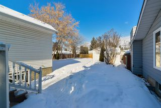 Photo 2: 14328 106 Avenue in Edmonton: Zone 21 House for sale : MLS®# E4146528