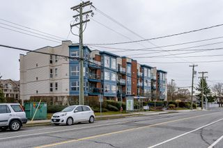 "Photo 33: 204 20277 53 Avenue in Langley: Langley City Condo for sale in ""The Metro II"" : MLS®# R2347214"