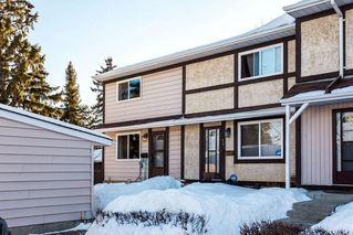 Main Photo: 137 TUDOR Lane in Edmonton: Zone 16 Townhouse for sale : MLS®# E4147499