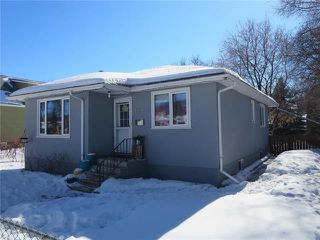 Photo 1: 608 Beresford Avenue in Winnipeg: Lord Roberts Residential for sale (1Aw)  : MLS®# 1905482
