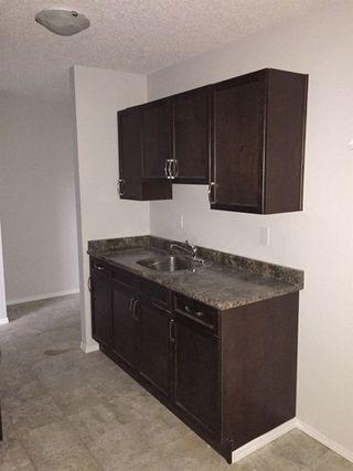 Photo 10: 106 3720 118 Avenue in Edmonton: Zone 23 Condo for sale : MLS®# E4147800