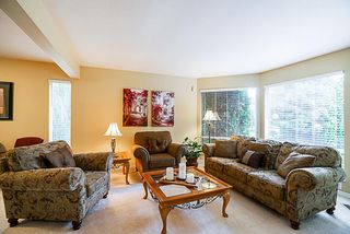 "Photo 2: 15397 80 Avenue in Surrey: Fleetwood Tynehead House for sale in ""FAIRWAY PARK"" : MLS®# R2349827"