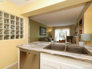 Photo 11: 206 510 Marsett Pl in VICTORIA: SW Royal Oak Row/Townhouse for sale (Saanich West)  : MLS®# 809516