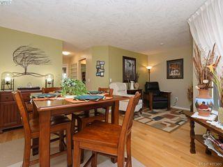 Photo 6: 206 510 Marsett Pl in VICTORIA: SW Royal Oak Row/Townhouse for sale (Saanich West)  : MLS®# 809516
