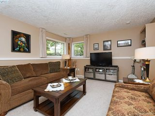 Photo 19: 206 510 Marsett Place in VICTORIA: SW Royal Oak Row/Townhouse for sale (Saanich West)  : MLS®# 407360
