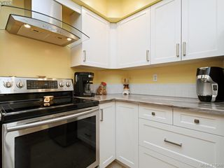 Photo 10: 206 510 Marsett Place in VICTORIA: SW Royal Oak Row/Townhouse for sale (Saanich West)  : MLS®# 407360