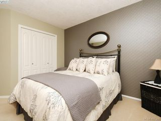 Photo 13: 206 510 Marsett Place in VICTORIA: SW Royal Oak Row/Townhouse for sale (Saanich West)  : MLS®# 407360