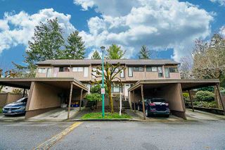 Photo 2: 4278 BIRCHWOOD Crescent in Burnaby: Greentree Village Townhouse for sale (Burnaby South)  : MLS®# R2355647