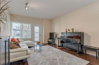"""Photo 3: 5 621 LANGSIDE Avenue in Coquitlam: Coquitlam West Townhouse for sale in """"Evergreen"""" : MLS®# R2355835"""