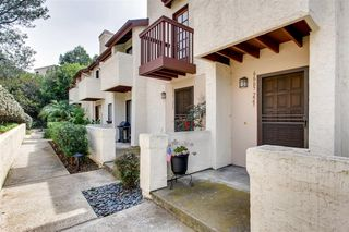 Photo 4: LINDA VISTA Townhome for sale : 1 bedrooms : 6665 Canyon Rim Row #223 in San Diego