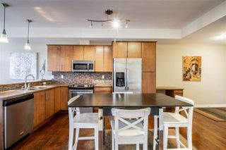 Photo 4: 405 10808 71 Avenue in Edmonton: Zone 15 Condo for sale : MLS®# E4152704