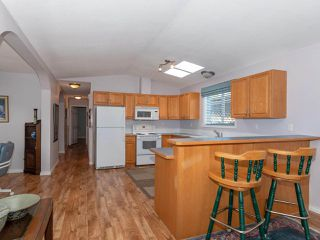 """Photo 7: 28 11931 PONDEROSA Boulevard in Pitt Meadows: Central Meadows Manufactured Home for sale in """"MEADOWS HIGHLAND PARK"""" : MLS®# R2363029"""