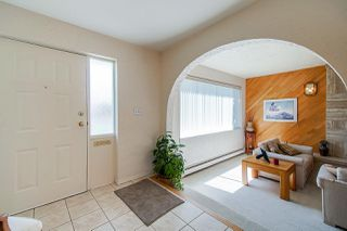 Photo 3: 4525 VENABLES Street in Burnaby: Brentwood Park House for sale (Burnaby North)  : MLS®# R2369929