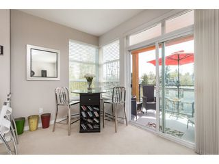 """Photo 10: 303 23255 BILLY BROWN Road in Langley: Fort Langley Condo for sale in """"VILLAGE AT BEDFORD LANDING"""" : MLS®# R2373165"""