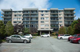 "Photo 2: 306 9300 PARKSVILLE Drive in Richmond: Boyd Park Condo for sale in ""MASTERS GREEN"" : MLS®# R2375535"