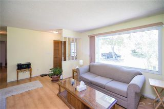 Photo 5: 10 Bridgecrest Drive in Winnipeg: Canterbury Park Residential for sale (3M)  : MLS®# 1915251