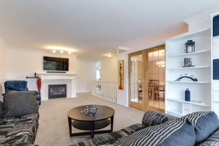 Photo 3: 20286 STANTON Avenue in Maple Ridge: Southwest Maple Ridge House for sale : MLS®# R2381763