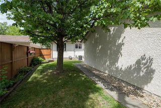 Photo 19: 138 Larche Avenue West in Winnipeg: West Transcona Residential for sale (3L)  : MLS®# 1917165