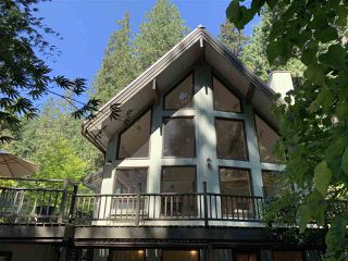 Photo 1: 867 WEST BAY Road: Gambier Island House for sale (Sunshine Coast)  : MLS®# R2385641