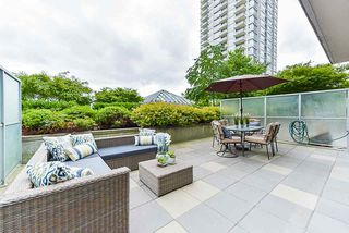 Photo 2: 508 2968 GLEN DRIVE in Coquitlam: North Coquitlam Condo for sale : MLS®# R2383971
