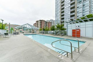 Photo 18: 508 2968 GLEN DRIVE in Coquitlam: North Coquitlam Condo for sale : MLS®# R2383971